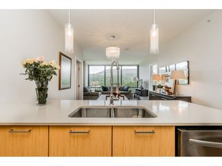 """Photo 2: 1104 301 CAPILANO Road in Port Moody: Port Moody Centre Condo for sale in """"THE RESIDENCES"""" : MLS®# R2377401"""