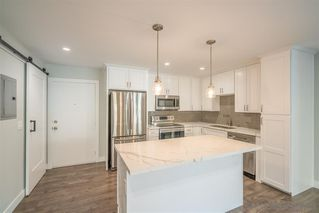 Main Photo: PACIFIC BEACH Condo for sale : 2 bedrooms : 1885 Diamond #2-117 in San Diego
