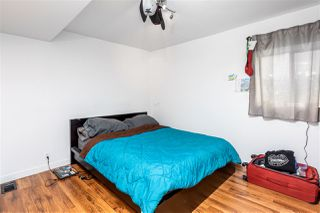 Photo 12: 4556 PENDER Street in Burnaby: Capitol Hill BN House for sale (Burnaby North)  : MLS®# R2383916