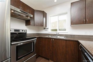 Photo 10: 3173 Kettle Creek Cres in VICTORIA: La Langford Lake House for sale (Langford)  : MLS®# 818796