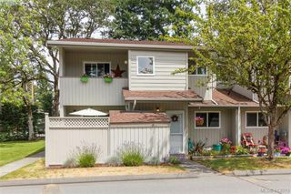 Main Photo: 2 2771 Spencer Road in VICTORIA: La Langford Lake Row/Townhouse for sale (Langford)  : MLS®# 413019