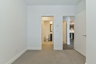 Photo 15: 307 5638 201A Street in Langley: Langley City Condo for sale : MLS®# R2387324