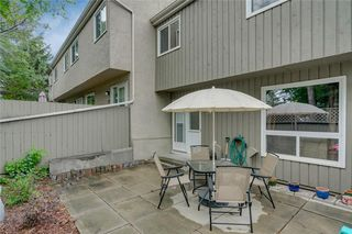 Photo 32: 58 11407 BRANIFF Road SW in Calgary: Braeside Row/Townhouse for sale : MLS®# C4271135