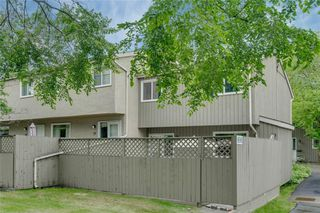 Photo 37: 58 11407 BRANIFF Road SW in Calgary: Braeside Row/Townhouse for sale : MLS®# C4271135