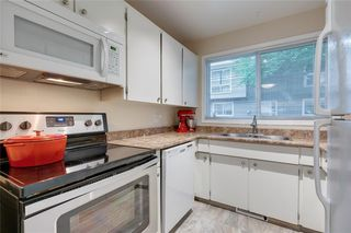 Photo 12: 58 11407 BRANIFF Road SW in Calgary: Braeside Row/Townhouse for sale : MLS®# C4271135