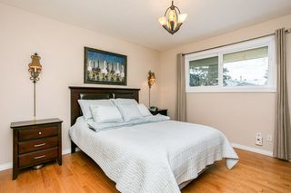Photo 12: 8208 187 Street in Edmonton: Zone 20 House for sale : MLS®# E4184183