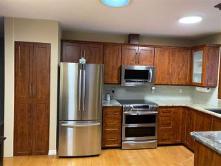 Photo 10: 8208 187 Street in Edmonton: Zone 20 House for sale : MLS®# E4184183