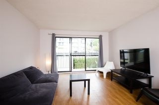 "Photo 3: 501 1215 PACIFIC Street in Vancouver: West End VW Condo for sale in ""1215 Pacific"" (Vancouver West)  : MLS®# R2453690"