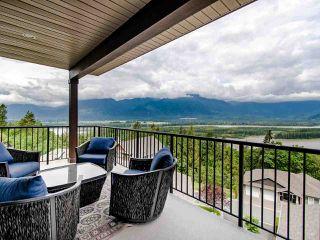 "Photo 13: 13 43540 ALAMEDA Drive in Chilliwack: Chilliwack Mountain Townhouse for sale in ""Retriever Ridge"" : MLS®# R2457151"