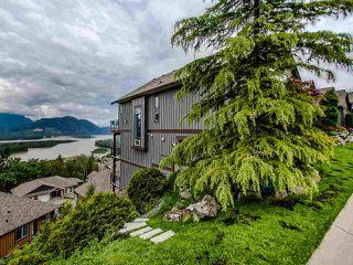 "Photo 2: 13 43540 ALAMEDA Drive in Chilliwack: Chilliwack Mountain Townhouse for sale in ""Retriever Ridge"" : MLS®# R2457151"
