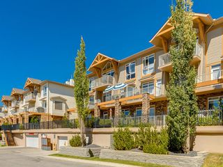 Main Photo: 13 148 ROCKYLEDGE View NW in Calgary: Rocky Ridge Row/Townhouse for sale : MLS®# A1019989