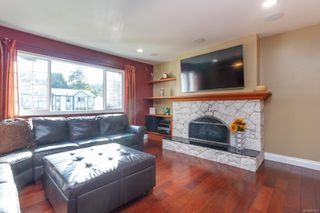 Photo 3: 523 Brough Pl in : Co Royal Roads House for sale (Colwood)  : MLS®# 851406