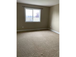 Photo 10: 77 Hartwick Loop in Spruce Grove: House Duplex for rent