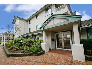 Photo 2: 106 15272 20TH AV in Surrey: King George Corridor Home for sale ()