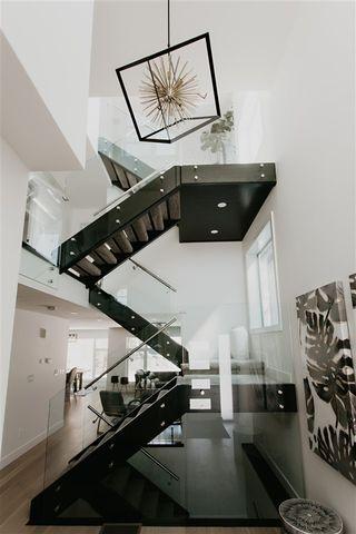 Photo 2: 5811 109 Street NW in Edmonton: Zone 15 House for sale : MLS®# E4217864
