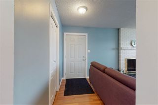 Photo 3: 32 HUNT Road in Edmonton: Zone 35 House for sale : MLS®# E4219036
