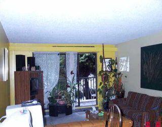 """Photo 4: 112 15238 100TH AV in Surrey: Guildford Condo for sale in """"Cedar Grove"""" (North Surrey)  : MLS®# F2604985"""