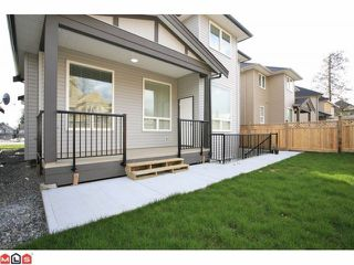 "Photo 10: 7789 211A ST in Langley: Willoughby Heights House for sale in ""YORKSON SOUTH"" : MLS®# F1125893"