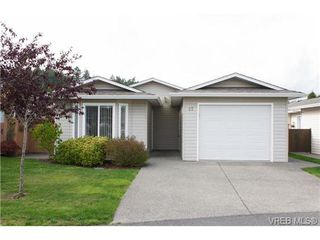 Photo 1: 57 7570 Tetayut Rd in SAANICHTON: CS Hawthorne Manufactured Home for sale (Central Saanich)  : MLS®# 652718