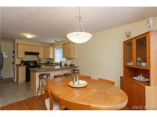 Photo 9: 57 7570 Tetayut Rd in SAANICHTON: CS Hawthorne Manufactured Home for sale (Central Saanich)  : MLS®# 652718