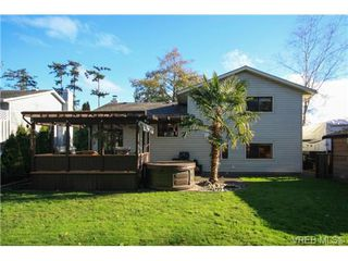 Photo 20: SIDNEY REAL ESTATE = NORTH-EAST SIDNEY FAMILY HOME For Sale SOLD With Ann Watley