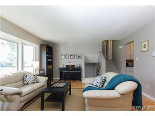Photo 4: 10276 Rathdown Pl in SIDNEY: Si Sidney North-East House for sale (Sidney)  : MLS®# 656113