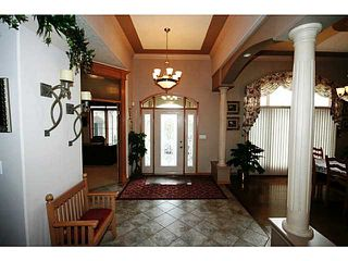 Photo 3: 8800 34 Avenue SE: Calgary Residential Detached Single Family for sale : MLS®# C3595596