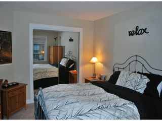Photo 7: 208 15357 ROPER Avenue: White Rock Condo for sale (South Surrey White Rock)  : MLS®# F1401685