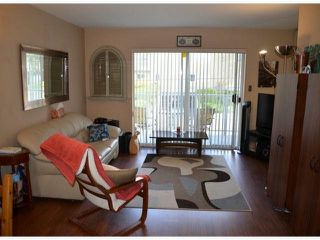 "Photo 2: 2 1291 FOSTER Street: White Rock Condo for sale in ""WHITE ROCK"" (South Surrey White Rock)  : MLS®# F1407509"