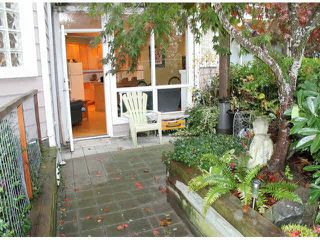 "Photo 5: 104 15154 ROPER Avenue: White Rock Condo for sale in ""SAND DOLLAR"" (South Surrey White Rock)  : MLS®# F1425416"