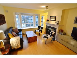 "Photo 8: 222 2545 W BROADWAY in Vancouver: Kitsilano Townhouse for sale in ""TRAFALGAR MEWS"" (Vancouver West)  : MLS®# V1097981"