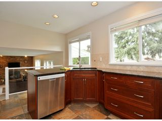 "Photo 7: 15471 ROPER Avenue: White Rock House for sale in ""White Rock"" (South Surrey White Rock)  : MLS®# F1429499"