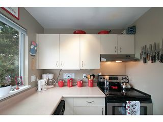 "Photo 13: 304 1465 COMOX Street in Vancouver: West End VW Condo for sale in ""Brighton Court"" (Vancouver West)  : MLS®# V1122493"