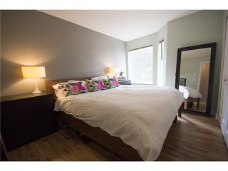 """Photo 9: 302 1562 W 5TH Avenue in Vancouver: False Creek Condo for sale in """"GRYPHON COURT"""" (Vancouver West)  : MLS®# V1122765"""