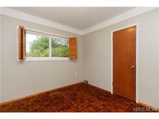 Photo 10: 1083 Joan Cres in VICTORIA: Vi Rockland House for sale (Victoria)  : MLS®# 710463