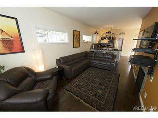 Photo 6: 111 2645 Millstream Rd in VICTORIA: La Mill Hill House for sale (Langford)  : MLS®# 723218