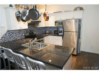 Photo 2: 111 2645 Millstream Rd in VICTORIA: La Mill Hill House for sale (Langford)  : MLS®# 723218