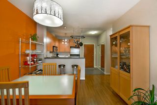 """Photo 10: 108 6888 SOUTHPOINT Drive in Burnaby: South Slope Condo for sale in """"CORTINA"""" (Burnaby South)  : MLS®# R2053007"""