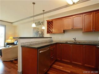 Photo 11: 208 1620 McKenzie Avenue in VICTORIA: SE Lambrick Park Condo Apartment for sale (Saanich East)  : MLS®# 363915