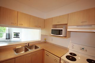 "Photo 6: 701 1148 HEFFLEY Crescent in Coquitlam: North Coquitlam Condo for sale in ""Centura"" : MLS®# R2063043"