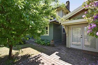 "Photo 4: 2236 E PENDER Street in Vancouver: Hastings House for sale in ""GRANDVIEW"" (Vancouver East)  : MLS®# R2073977"