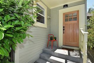"Photo 6: 2236 E PENDER Street in Vancouver: Hastings House for sale in ""GRANDVIEW"" (Vancouver East)  : MLS®# R2073977"