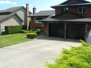 Photo 2: 1422 LANSDOWNE Drive in Coquitlam: Upper Eagle Ridge House for sale : MLS®# R2096768