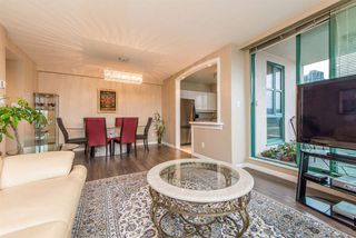 Photo 3: 1701 3071 GLEN Drive in Coquitlam: North Coquitlam Condo for sale : MLS®# R2106912