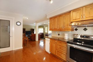 "Photo 7: 3325 BAYSWATER Avenue in Coquitlam: Park Ridge Estates House for sale in ""PARKRIDGE ESTATES"" : MLS®# R2120638"