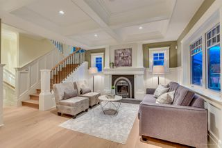 Photo 2: 2239 BLENHEIM Street in Vancouver: Kitsilano 1/2 Duplex for sale (Vancouver West)  : MLS®# R2164217