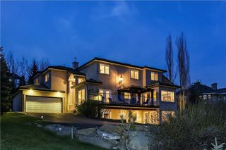 Main Photo: 100 SLOPEVIEW Drive SW in Calgary: Springbank Hill House for sale : MLS®# C4115799