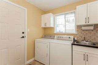 Photo 8: 22091 46A Avenue in Langley: Murrayville House for sale : MLS®# R2169597