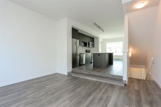 "Photo 5: 130 8130 136A Street in Surrey: Bear Creek Green Timbers Townhouse for sale in ""KINGS LANDING"" : MLS®# R2181571"