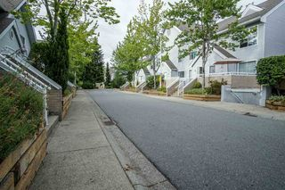 """Photo 3: 11 13713 72A Avenue in Surrey: East Newton Townhouse for sale in """"ASHLEA GATE"""" : MLS®# R2187077"""